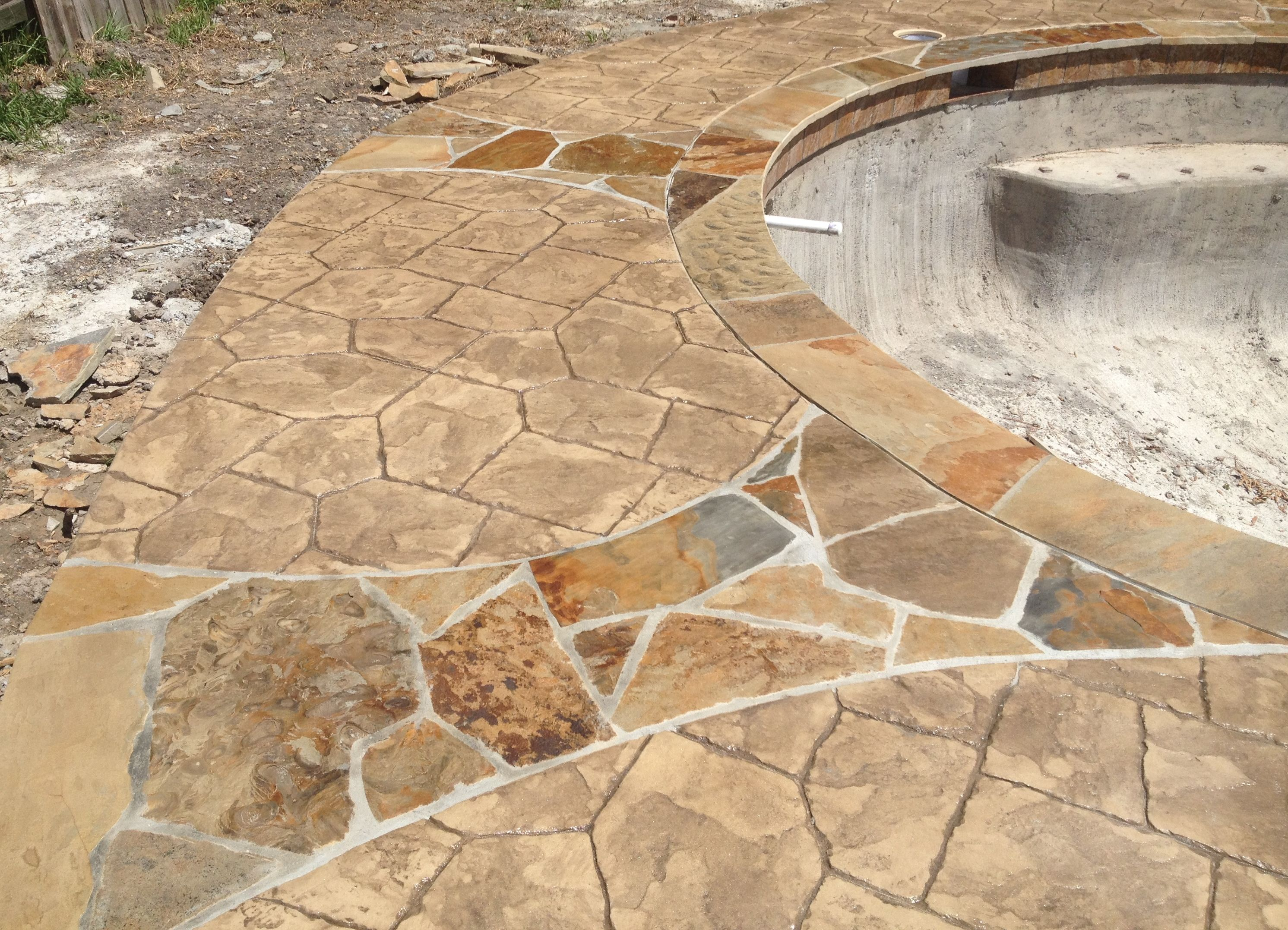 Swimming Pool Texas Stamped Concrete Pool Deck With Flagstone Inlays Flagstone Coping Pool
