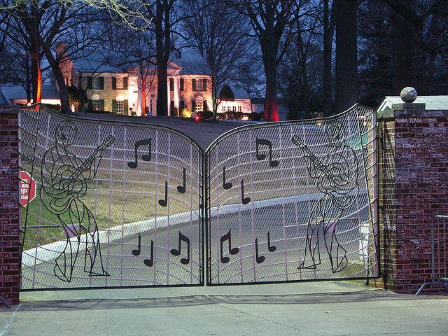 Graceland at Night   Graceland, Graceland mansion, Graceland memphis