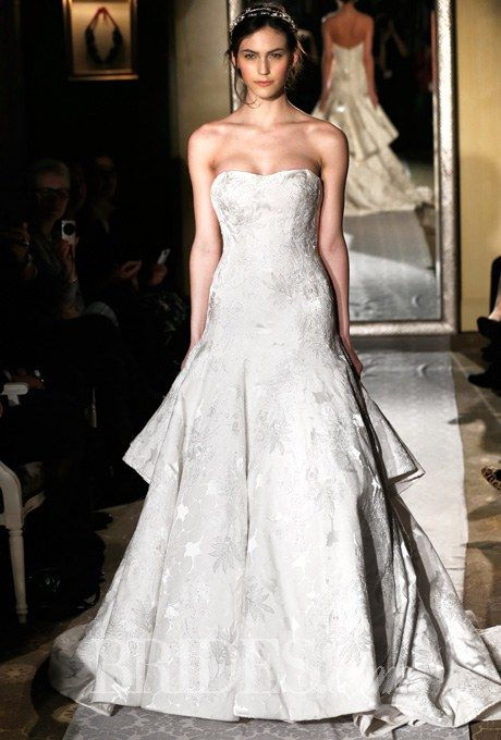 How to Find the Perfect Wedding Dress for Your Body Type   Wedding ...