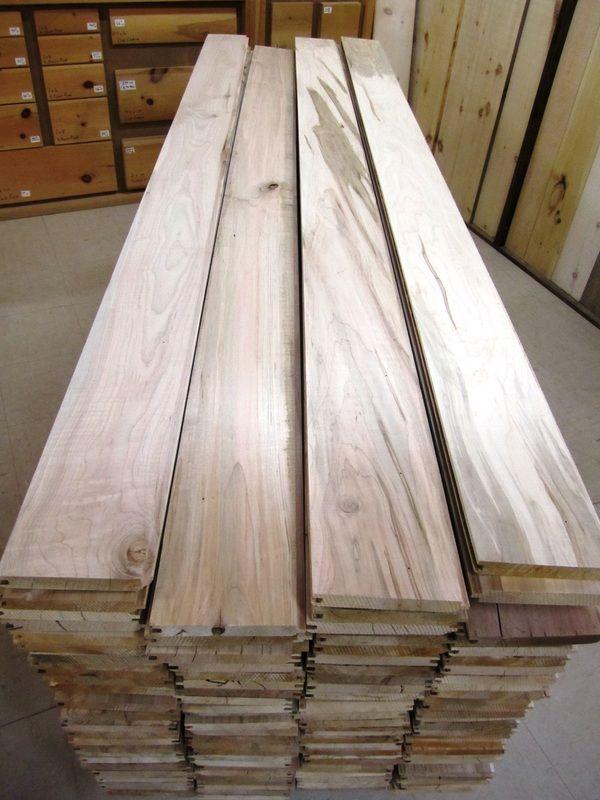 Ambrosia Maple V Joint T G 3 4 X 3 25 4 25 5 25 Http Www Chisholmlumber Com Tg Flooring V Joint Html Maple Wood Flooring Flooring Barnwood Wall