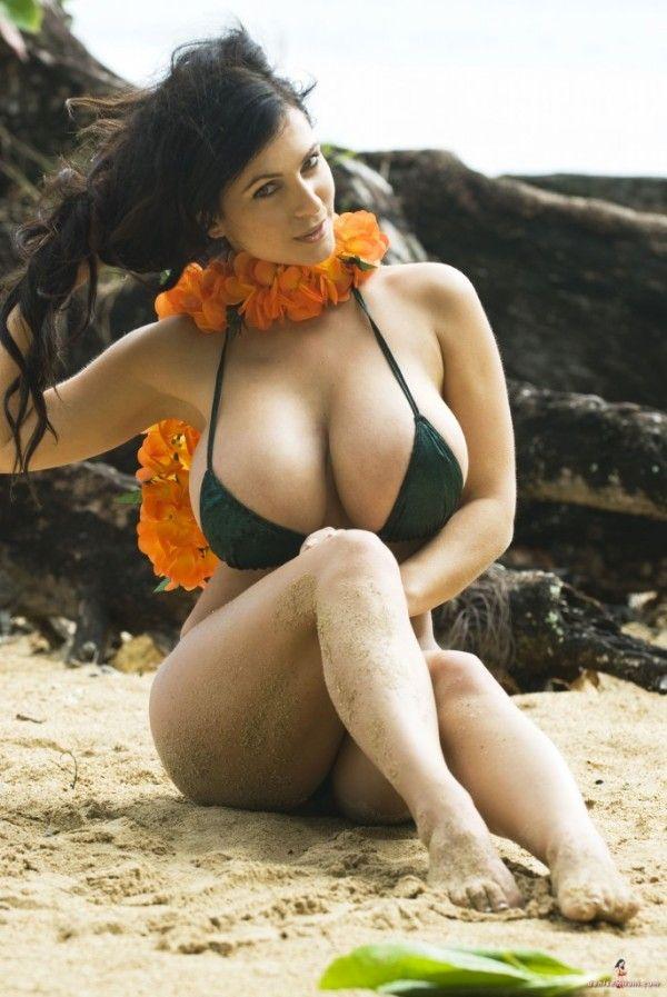 Nude girl gigi lightspeed