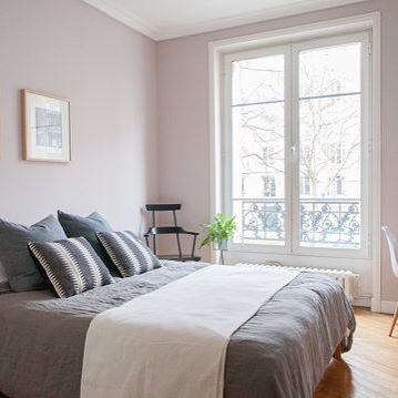 peignoir van farrow and ball is een chique grijsteint met een vleugje oud roze prachtig voor in. Black Bedroom Furniture Sets. Home Design Ideas