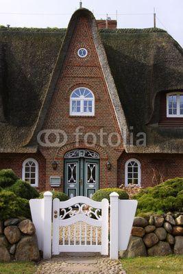 friesenhaus in keitum auf sylt meine fotos bei fotolia pinterest friesenhaus sylt und. Black Bedroom Furniture Sets. Home Design Ideas