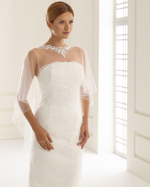 E190 By Bianco Evento Hochzeit Wedding Cape Wedding Und Bridal