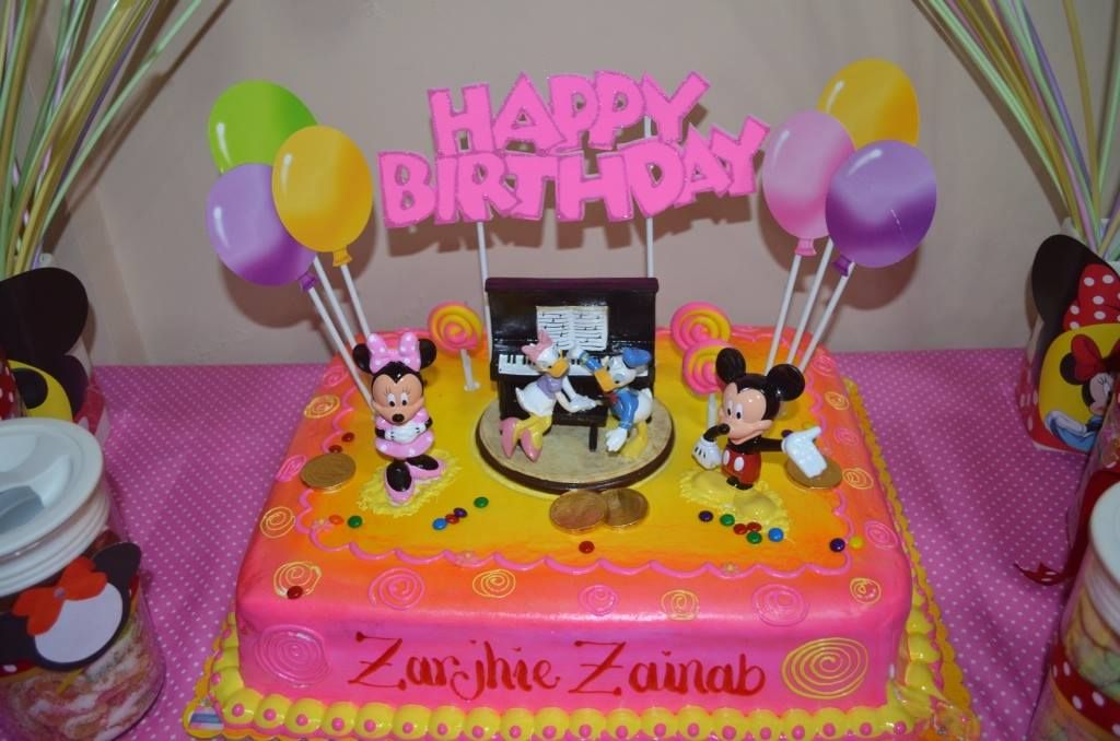 Minnie Mouse Cake From Goldilocks Minnie Mouse Cake Mouse Cake Cake