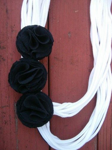 Infinity scarf in classic black and white.