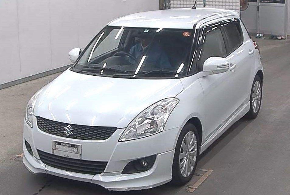 Suzuki Swift** Suzuki swift, Japanese used cars, Suzuki