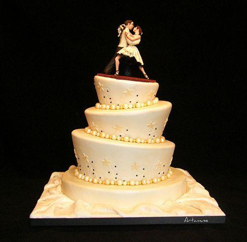 17 Unique Wedding Cake Designs — Austin Wedding Blog | Wedding Cakes ...