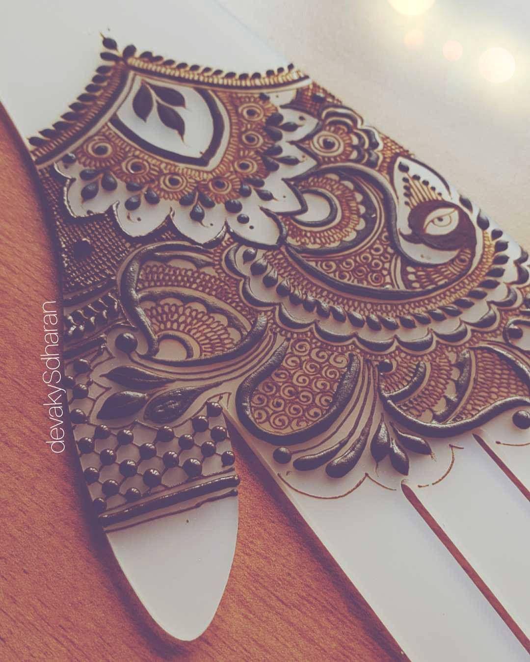 Pin By Neetu Gagan Gauba On Mehndi: Pin De Leticia Bautista En Henna Tatuajes