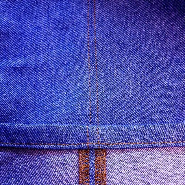 Пошив джинсового комбинезона - работа кропотливая, состоящая из многих сложных процессов.Все должно быть идеально ровно, в том числе и каждая строчка. По всем вопросам, касающихся услуг ателье, обращайтесь: Тел.-WhatsApp-Viber-Telegram +38(093) 979-88-77