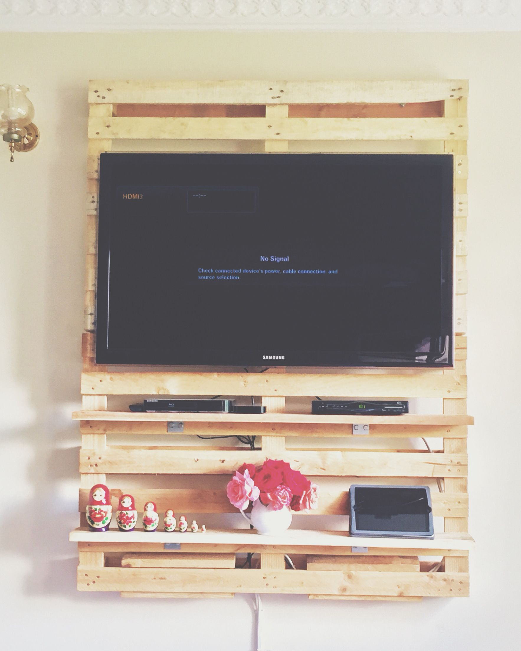 My Dad And I Made This TV Wall Mount Out Of Pallets. I Love It
