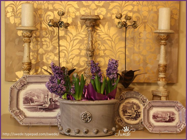Daily Thing of Beauty Hyacinths On My Console (mit