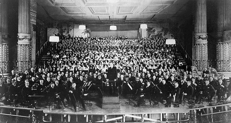 Philadelphia Orchestra at American premiere of Mahleru0027s 8th