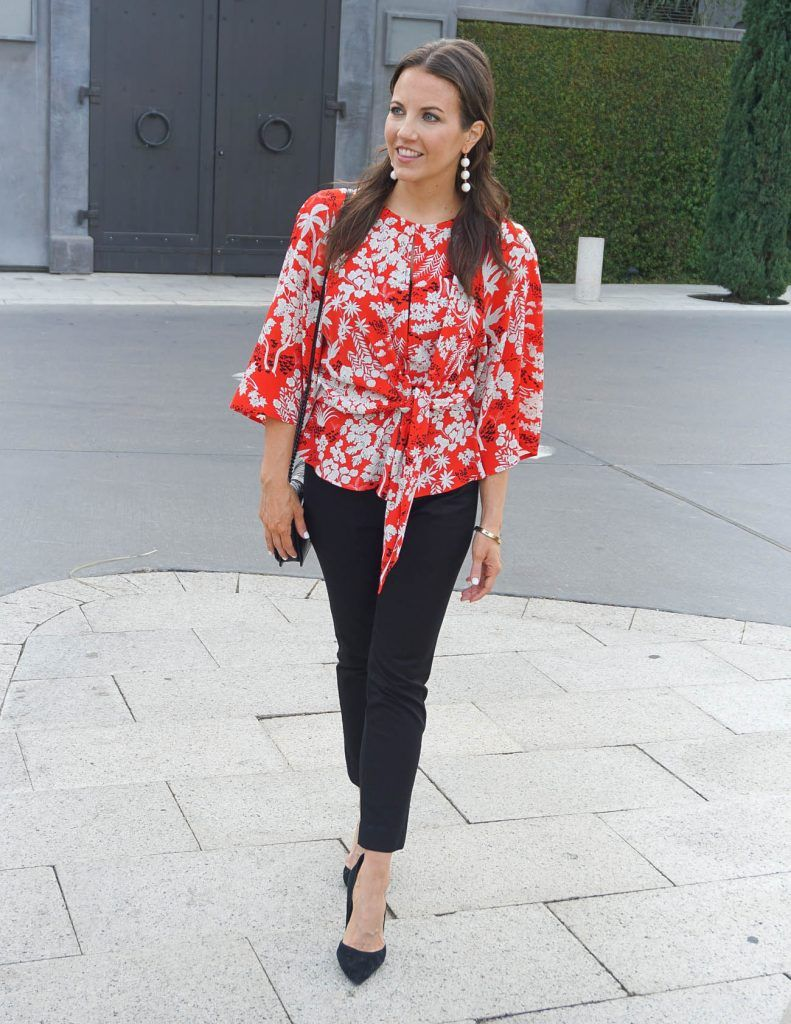 bd777268b2a444 Work Outfit   Red Floral Blouse   Black Pants   Houston Fashion Blogger Lady  in Violet #workoutfit #floraltop #blackpants #ballearrings