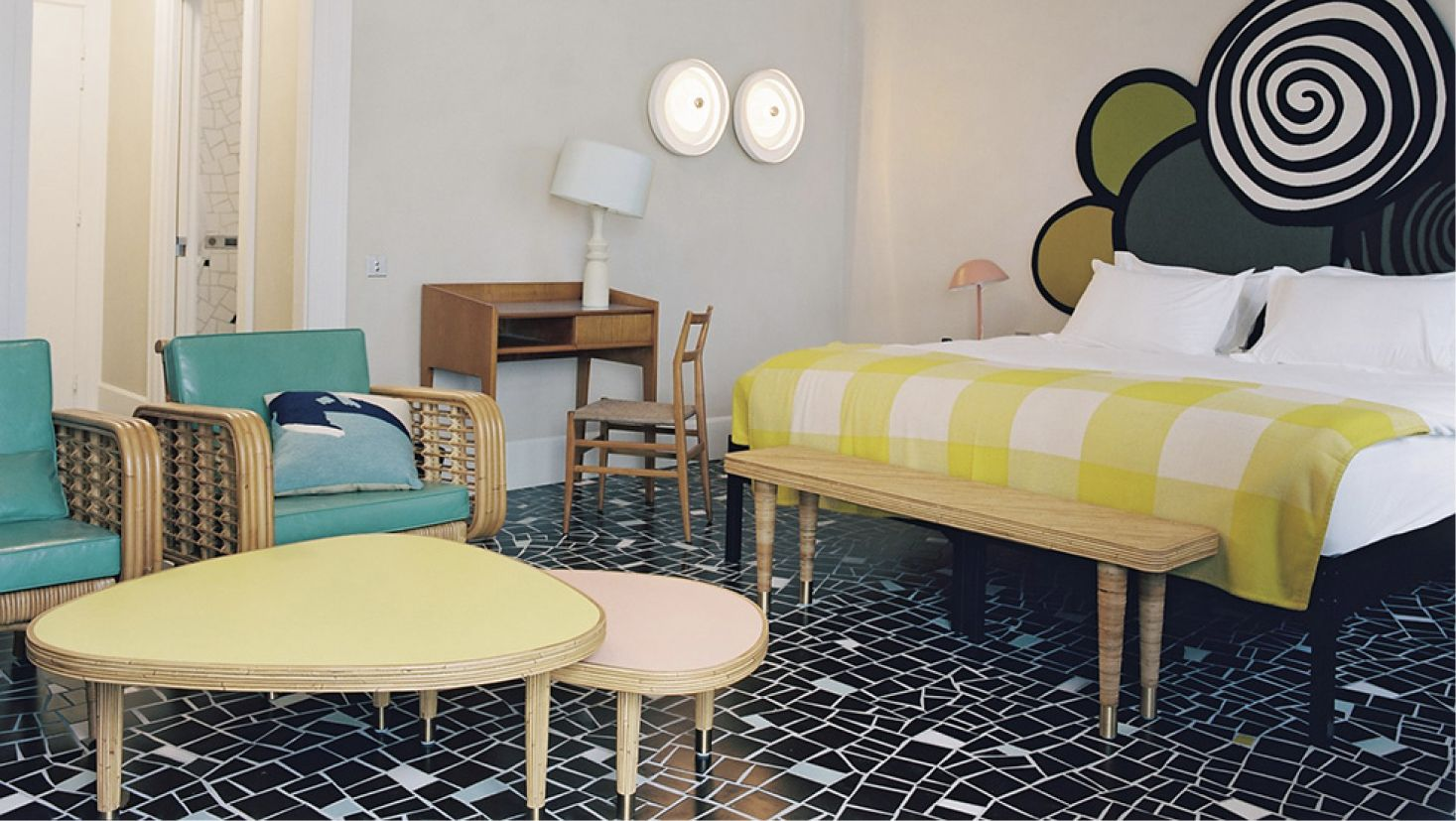 hotel du cloitre arles by india mahdavi via goodmoods. Black Bedroom Furniture Sets. Home Design Ideas