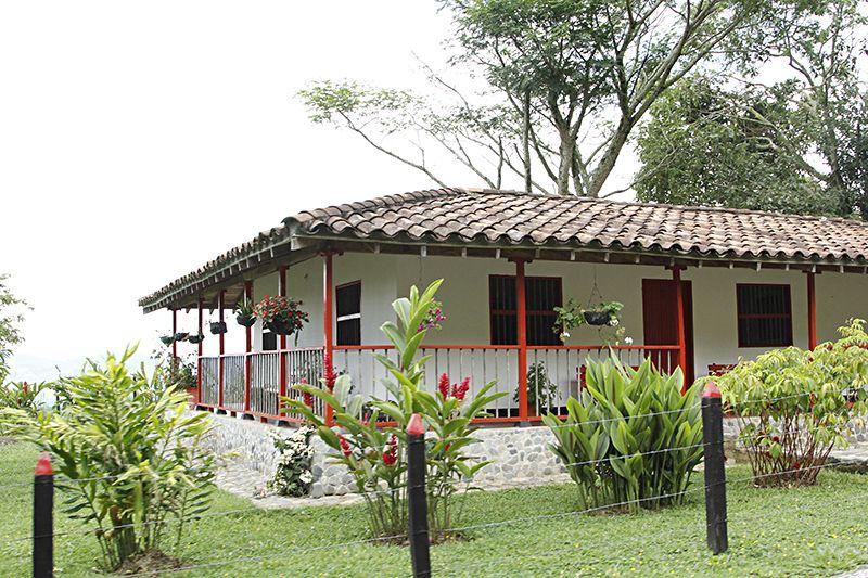 Finca casas de campo pinterest casas casas de for Modelos de fincas campestres