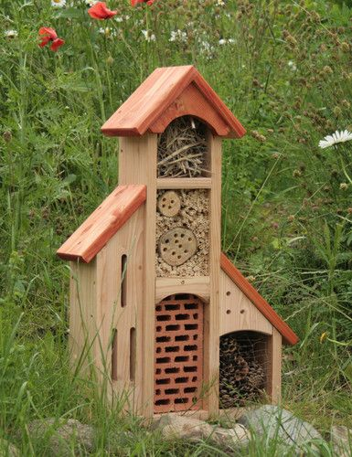insektenhotel insektenhaus bienenhotel schmetterlingshaus mit anbauten dach rot want garten. Black Bedroom Furniture Sets. Home Design Ideas
