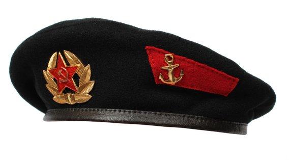 Russian Black Beret Marines Ussr With Badge Soviet Navy Summer Etsy In 2021 Black Berets Summer Hats Soviet Navy