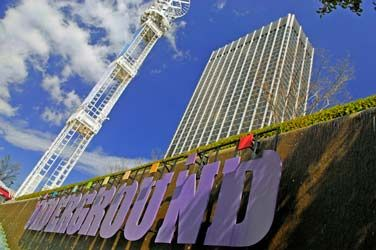 Six City Blocks Of Underground Atlanta Have Been Transformed Into A Subterranean Marketplace Offering Guide Atlanta Attractions Atlanta Underground Underground