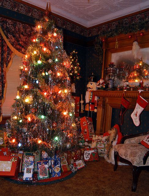 Christmas at Grandma's. I think she had stock in the tinsel company because  she used so much of it! ♥ - Christmas At Grandma's. I Think She Had Stock In The Tinsel Company