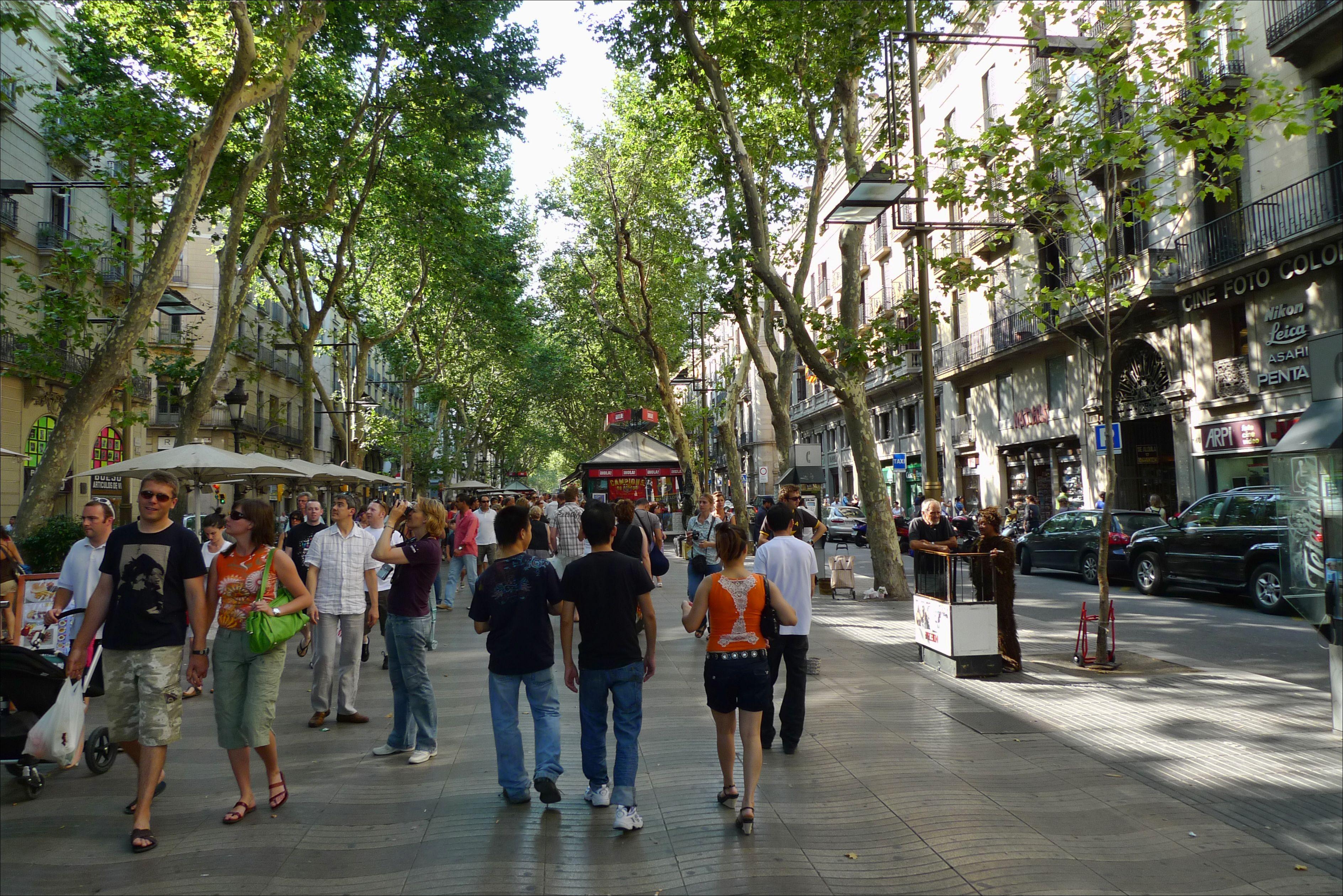 La rambla barcelona favourite places pinterest for B b barcellona vicino ramblas