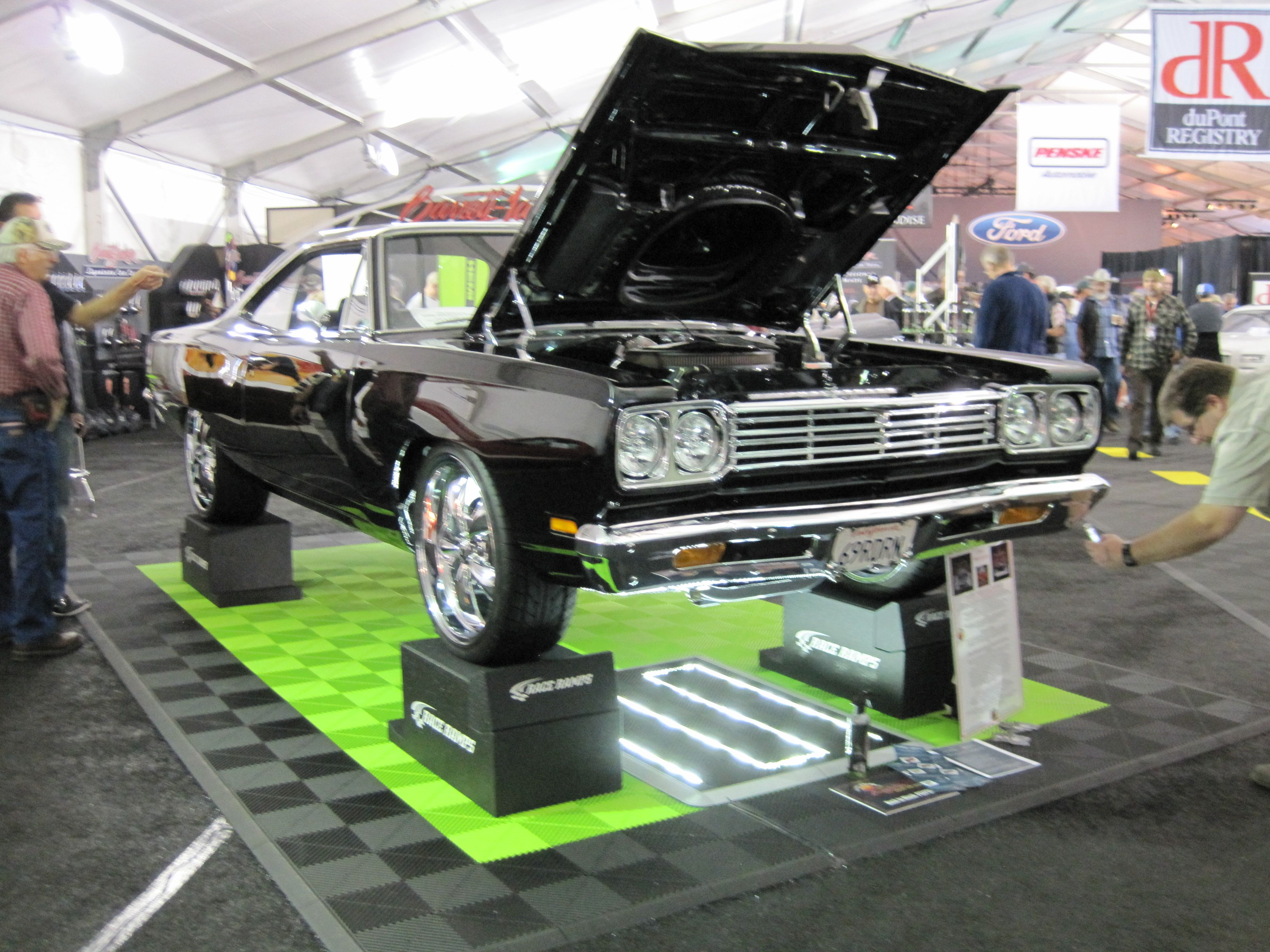 Pit Ramps Double As Show Ramps Drive Your Car Up And Remove Extra - Car show ramps