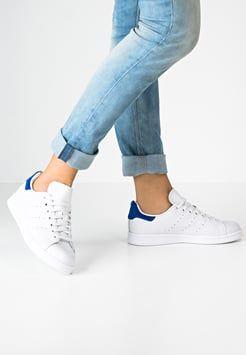 Lage sneakers dames online kopen   Addidas schoenen ...
