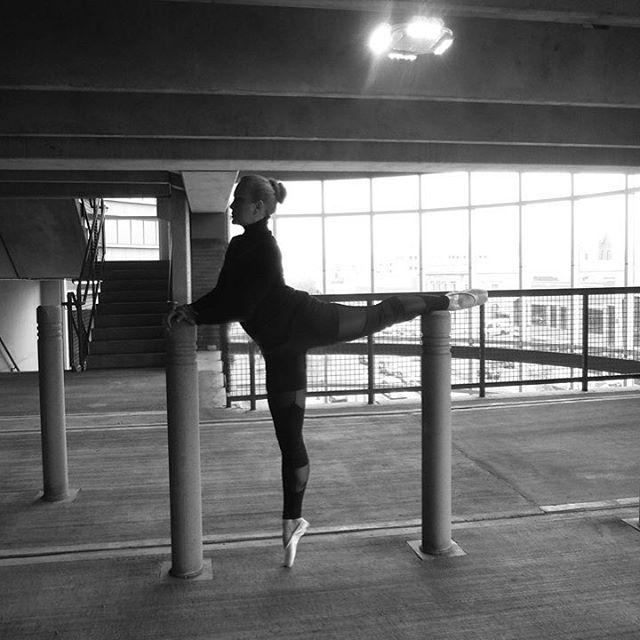LM Photography - Lisa Machos - B&W