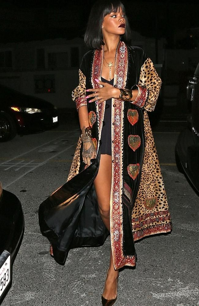 Rihannain A Vintage Moschino Coat To Receive Cdfa