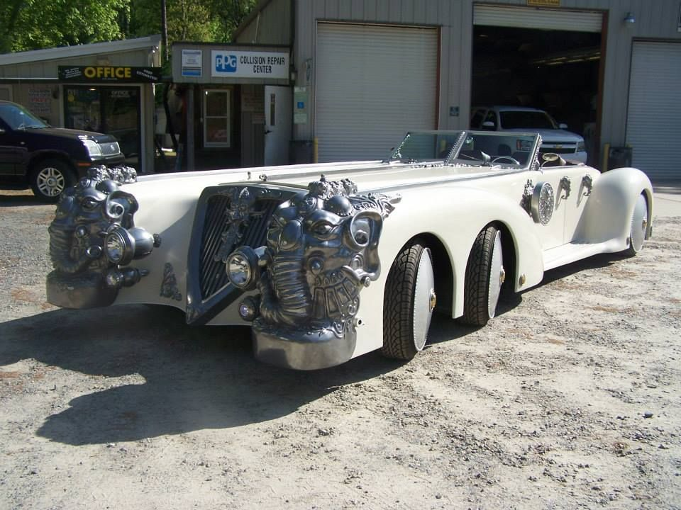 Replica Of Captain Nemo S Car From The League Of Extraordinary Gentlemen I Live In A Fantasy Amazing Cars Kit Cars Classy Cars