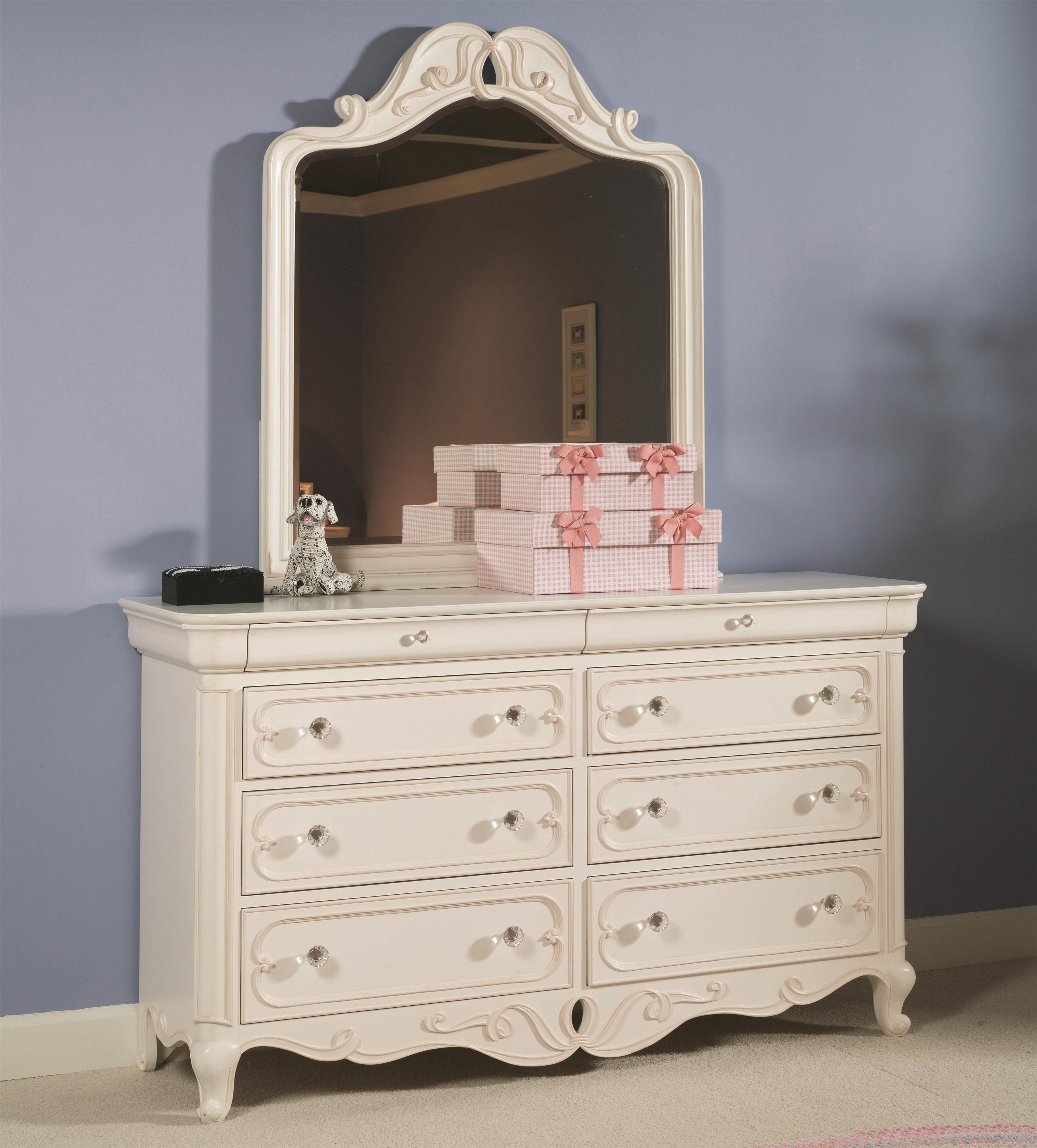 High Quality Vintage Boutique Dresser And Mirror Combo By Lea Industries   Stoney Creek  Furniture   Dresser U0026