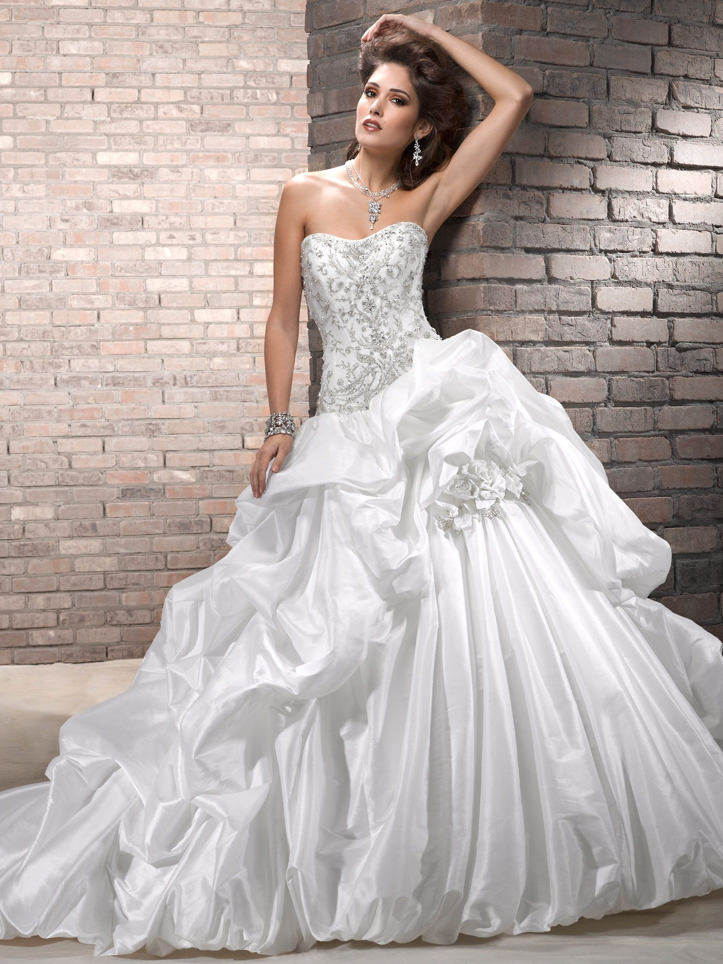 28 Most Elegant Looking Ball Gown Wedding Dresses | Ball gowns ...