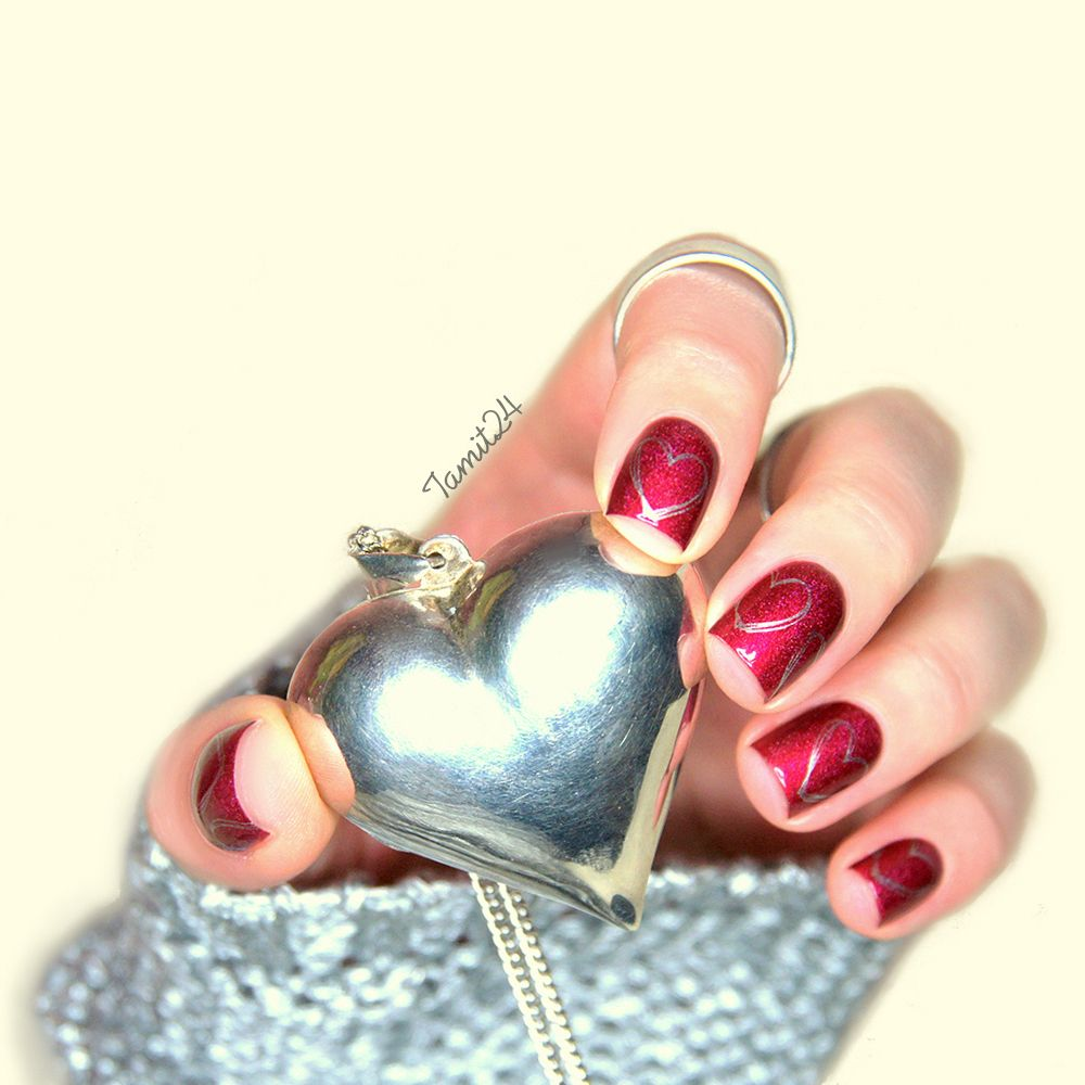 A England Rose Bower. Valentine's Day nails