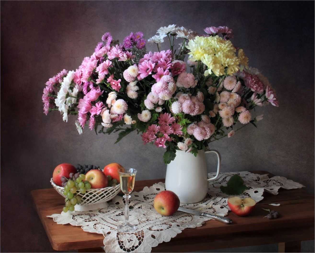 Desktop wallpaper fruits and flowers - Tasty Tones Photography Colors Pink Beauty Table Soft Glass Life Chrysanthemums Drink Fruits Nature Apples Still Flower Desktop Wallpaperdesktop