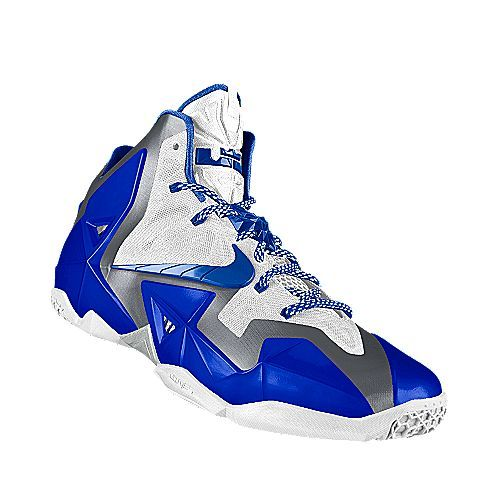I designed the white Kentucky Wildcats Nike women\u0027s basketball shoe.