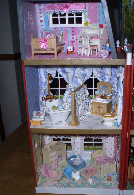 Girls Bedroom, Middle Floor