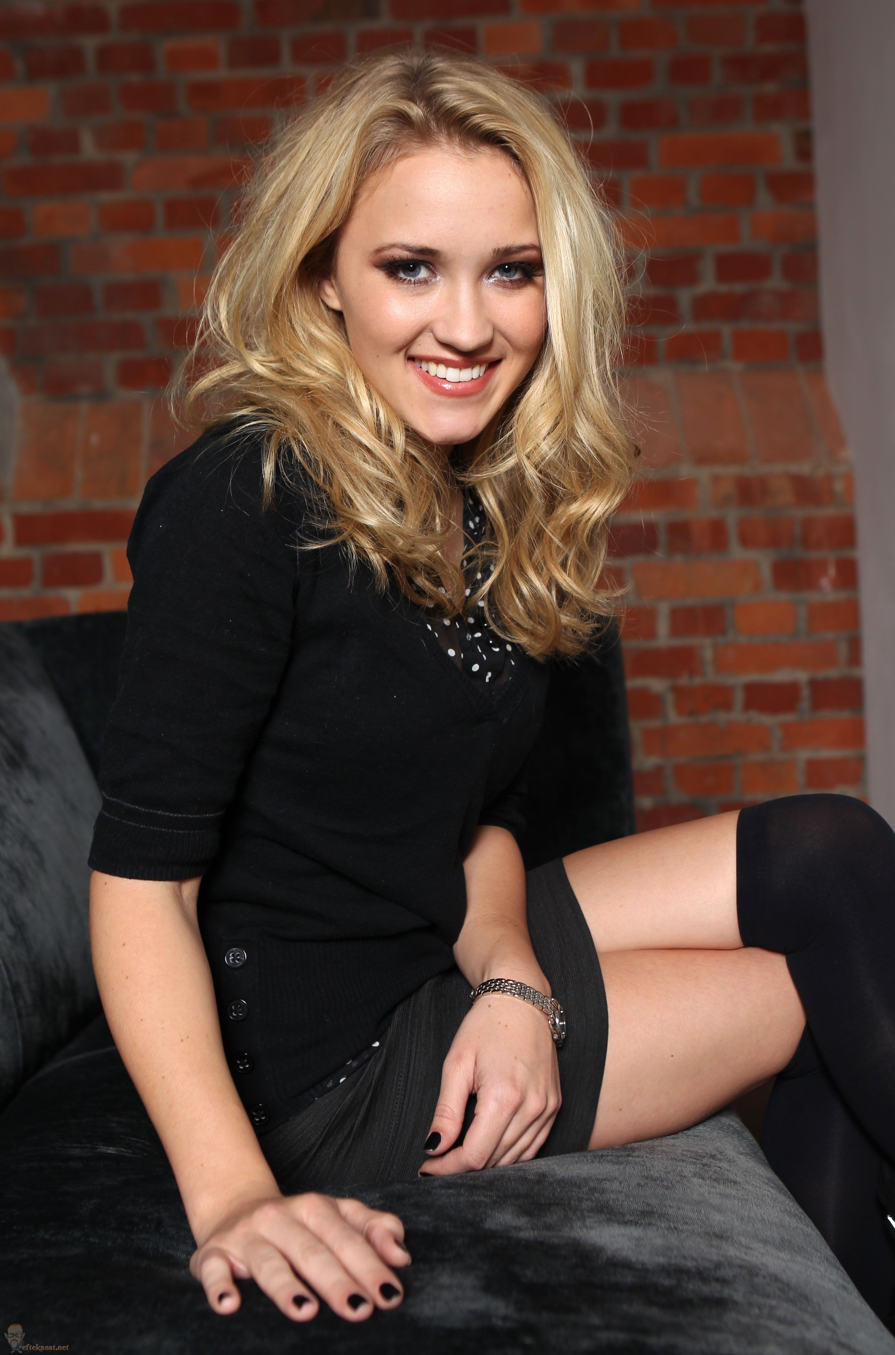 Paparazzi Emily Osment naked (96 foto and video), Topless, Paparazzi, Feet, legs 2019