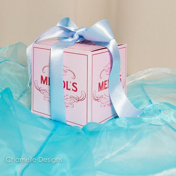 2 sizes Mendl's Patisserie pink gift box from by chamelledesigns, $13.99