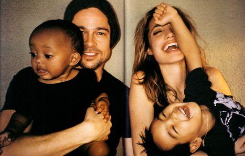 Zahara, Brad Pitt, Angelina Jolie and Maddox photographed by Mario Testino