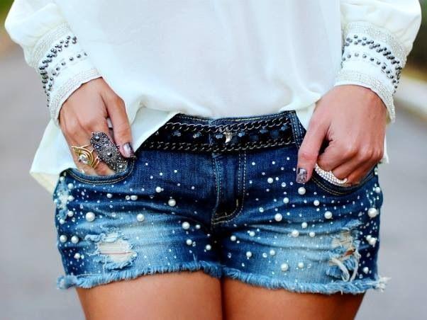 Short Creado Con Perlitas Es Muy Sencillo Hacerlo Solo Necesitas Hilo Aguja Y Perlas Sinteticas Manos A La Obra Fashion Denim Denim Shorts