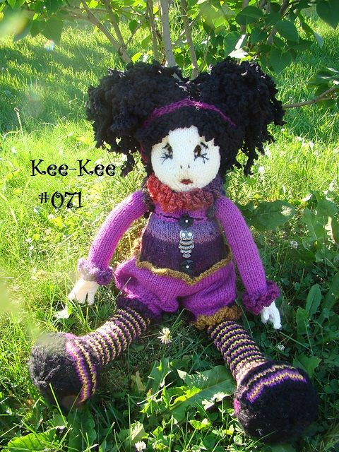Kee Kee Many Gorgeous Knitted Dolls 071 Dolls And Dolls