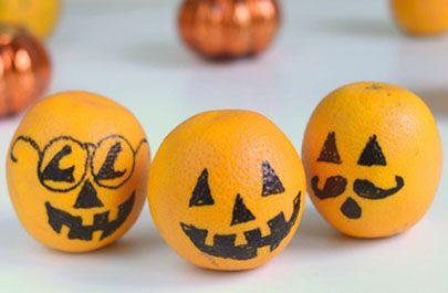 Halloween Treats Orang-a-lanterns! I love making this variation on a daily basis as we countdown at willowday.com