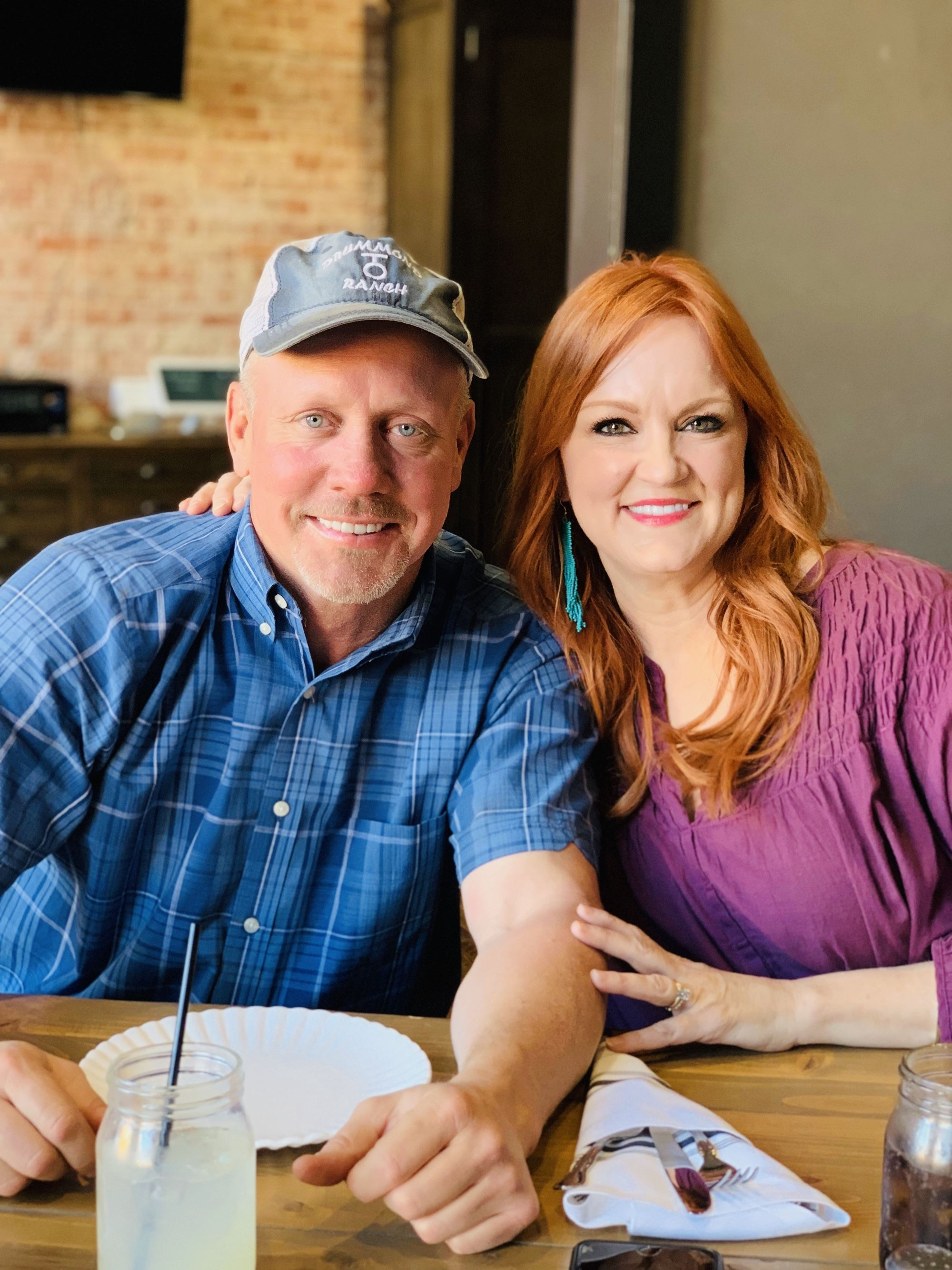 Alex And Ice Cream And Ladd Oh My In 2020 Pioneer Woman Ree Drummond Pioneer Woman Ree Drummond