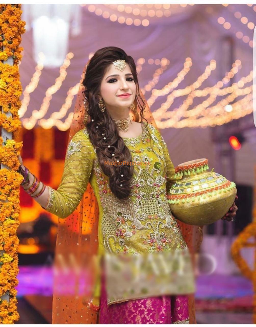Kashee S Bridal Chiffon Master Replica In 2020 Bridal Dress Design Pakistani Bridal Dresses Pakistani Wedding Outfits
