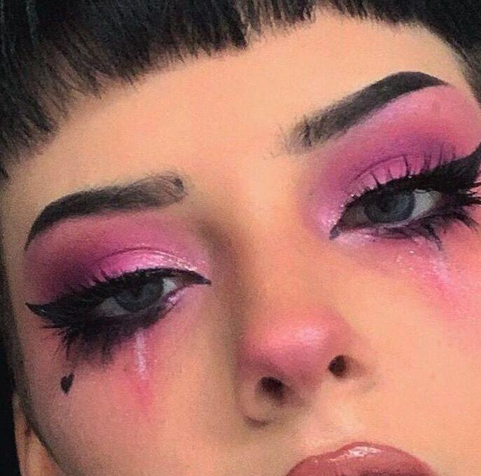 Photo of E-girl makeup