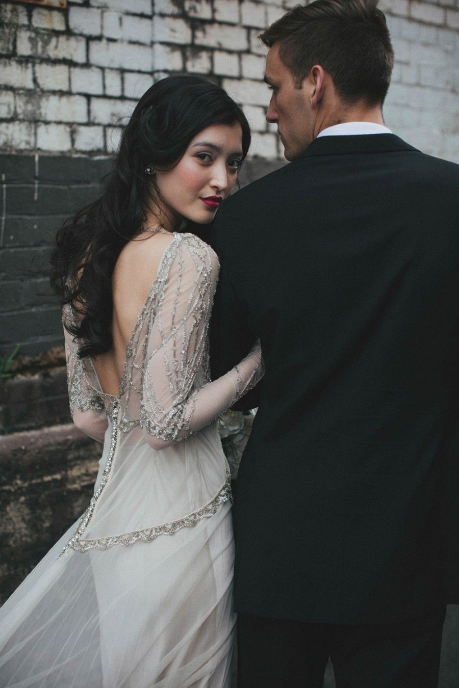 Urban Bridal Editorial By White Ash Photography Wedding Couples Photography Best Wedding Dresses Wedding Photos Poses