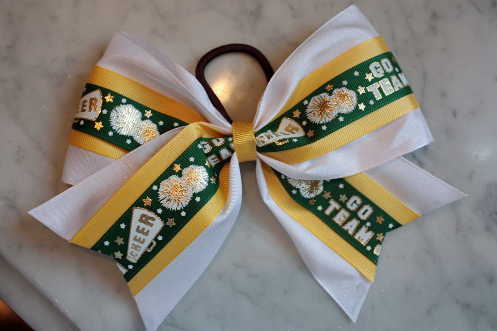 instructions on how to make a cheerleading bow