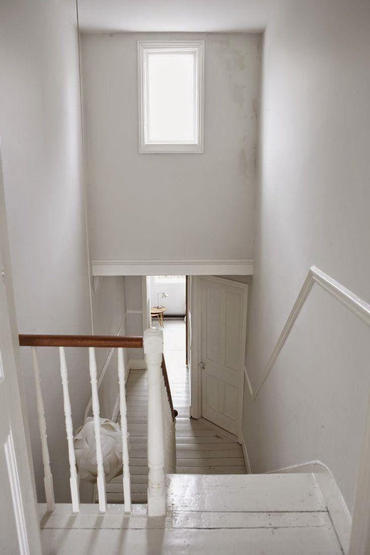 Neljä valkoista kotia -Four White Homes  Valkoinen sisustus on ollut pitkään todella suosiossa ja tulee olemaan sitä varmasti jatkossakin...