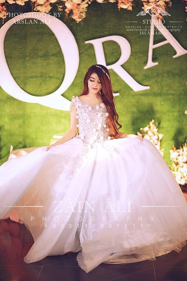 01606a414b pakistani bridal shower outfit. 30 Best Bridal Shower Outfits For Pakistani  Weddings Baby In Wedding Dress ...
