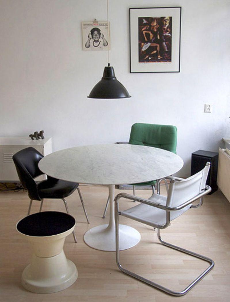 Modern Classics Eero Saarinen S Tulip Table Eero Saarinen Tulip Table Saarinen Tulip Table Tulip Table [ 1050 x 799 Pixel ]